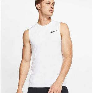 NWT NIKE Pro Cool Fitted Sleeveless Training Tank